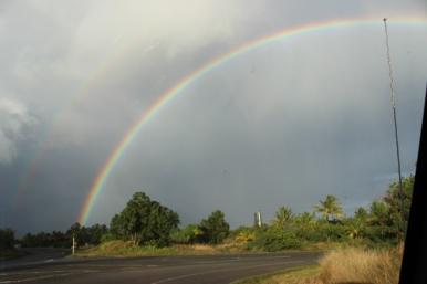 The rainbow on the way to Kaimu Beach. Incredible.