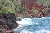 Kaihalulu Red Sand Beach.