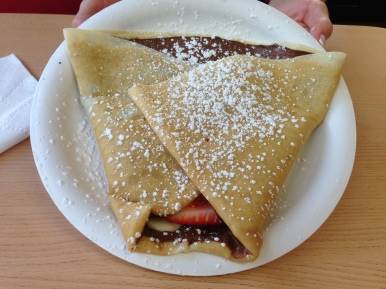 Banana, strawberry, nutella crêpe.